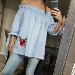 Off shoulder loose blouse with rose embroidery